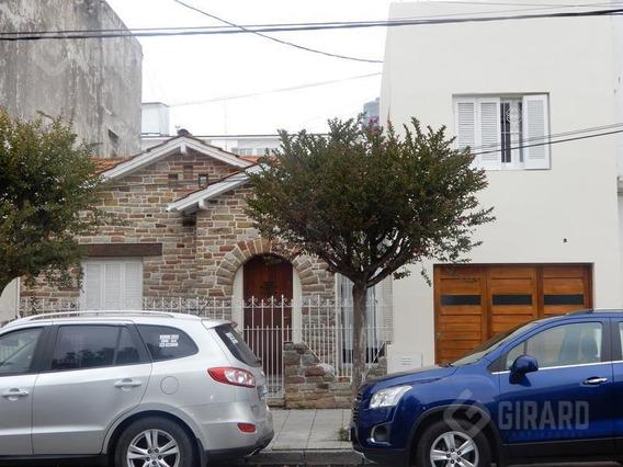 Casa De 4 Amb, Reciclada A Nuevo, Zona Guemes