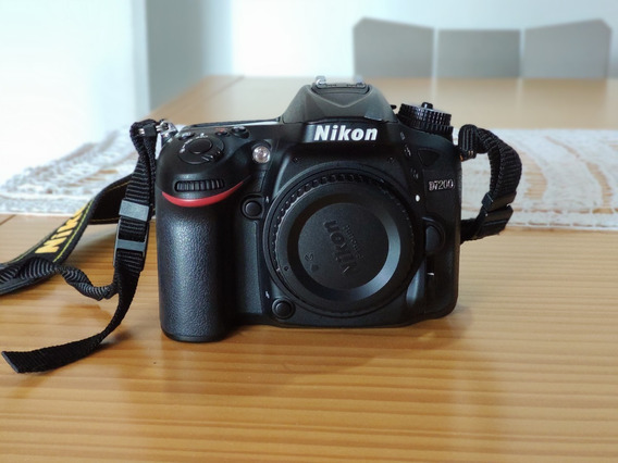 Câmera Nikon D7200 Somente Corpo (apenas 6 Mil Cliques!)