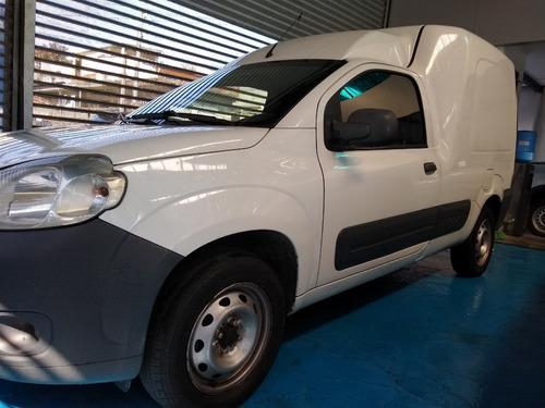 Imagem 1 de 14 de Fiat Fiorino 1.4 2015 Completo