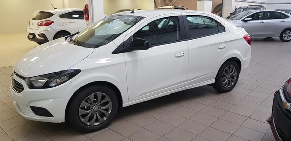 Chevrolet Onix Joy Plus Black 1.4 Linea 2020 #1