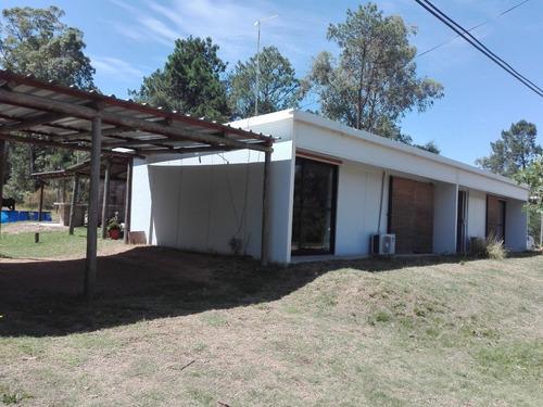 Casas En Punta Colorada, Son 3 A Una Cuadra De La Playa