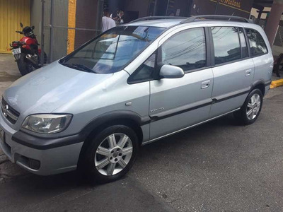 Zafira 2.0 Elegance Flex Power Aut. 5p 2010 Blinda+multimid