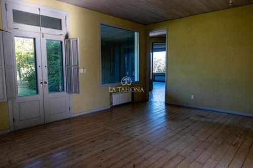 Amplia Casa A Reciclar En Lomas #526