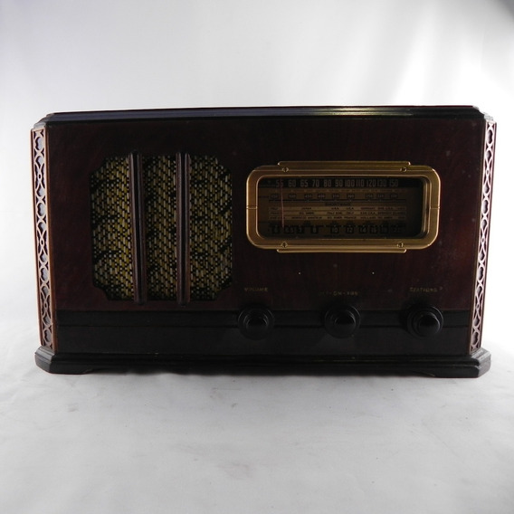 Rádio Antigo Valvulado Relíquia Antiguidade Usado C/ Defeito