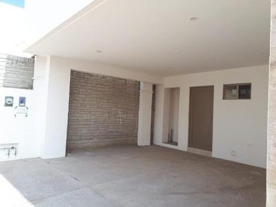 Casa En Venta En Los Viñedos, Torreón