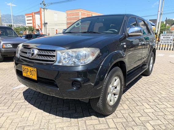 Toyota Fortuner 2.7 4x4 Automática