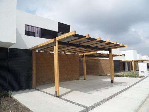 Hermosa Casa En Lomas De Juriquilla, 3 Recámaras, 2.5 Baños, Estudio, Cochera 3