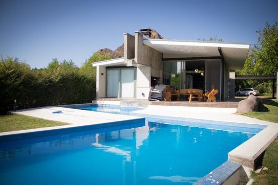 Casa En Venta En Solar Del Valle Country Club - San Rafael
