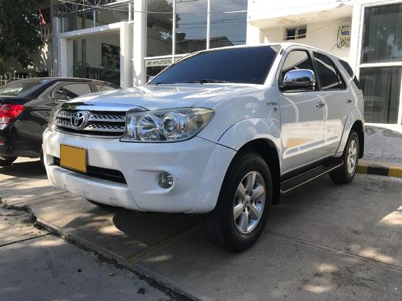 Toyota Fortuner 2011