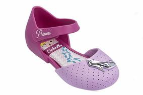 86a8b3cbaa Sapatilha Infantil Disney Princesas Encantada Cinderella