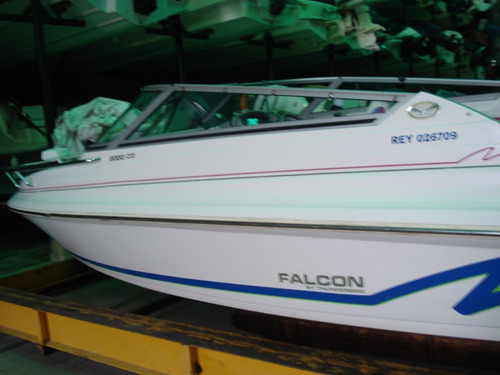 Lancha Falcon 2000 Cuddy