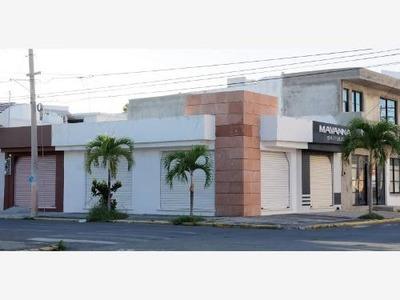 Local Comercial En Renta Renta En Av. Gomez Farias.