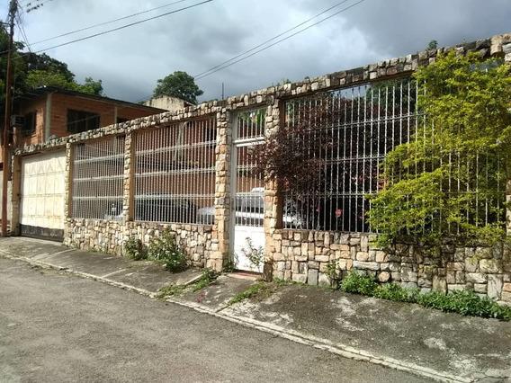 En Venta Linda Casa En El Sector El Samán 04128676886