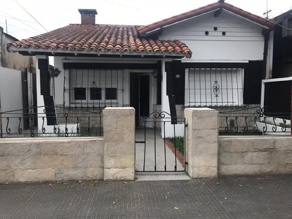 Alquiler De Ph Tipo Casa 3 Ambientes En Caseros
