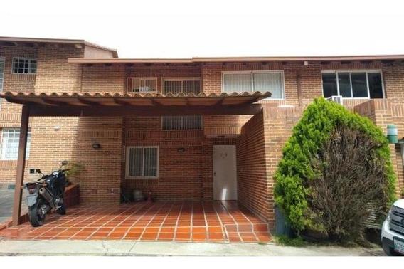 Town House Venta Loma Linda Código 20-512