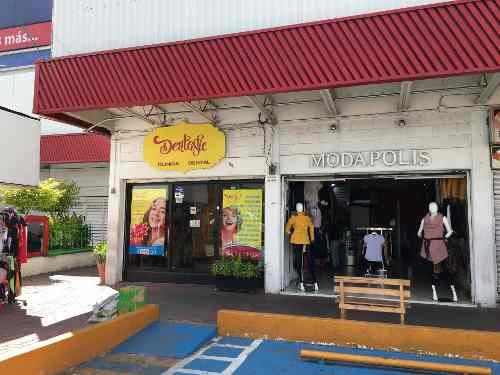 Vendo Local Comercial Plaza Tulyehualco Tlahuac
