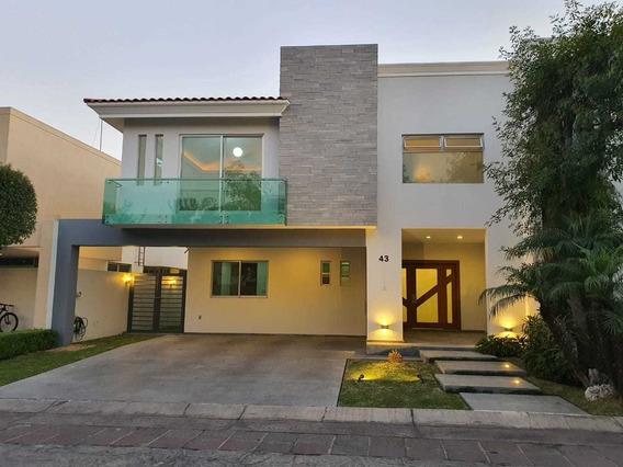 Casa 43- Coto Napoles En Valle Real