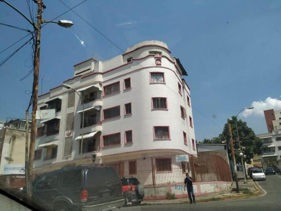 Apartamento 19-8492 Joxuel Rincon 04127171572