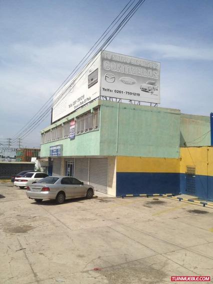 Gran Local Comercial En Venta En La Av. Las Delicias