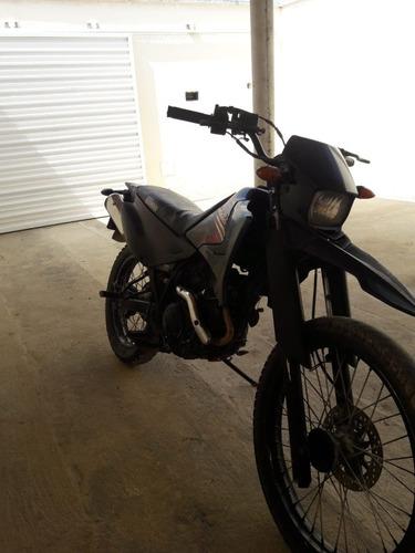 Imagem 1 de 6 de Yamaha  Xtz