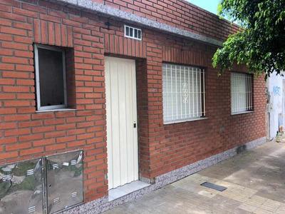 Casa En Alquiler En Villa Dominico
