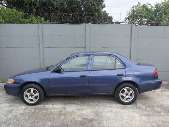Toyota Corolla 4 Puertas