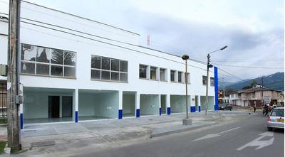 Edificio Clínico En Calarca, Quindio Ref. 2000-245
