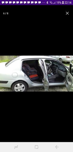 Renault Clio Sedan 2003 1.6 16v Privilège 4p