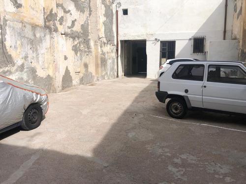 Cochera Garage Ciudad Vieja Estacionamiento Parking