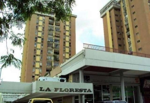 Apartamento La Floresta 04243427200