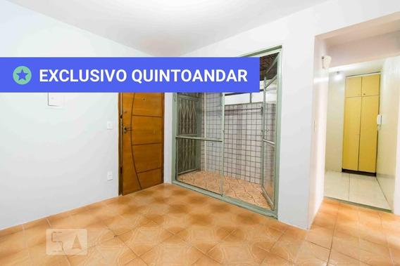 Apartamento No 1º Andar Com 2 Dormitórios - Id: 892952734 - 252734