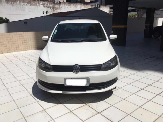 Volkswagen Voyage 1.0 Flex 4p