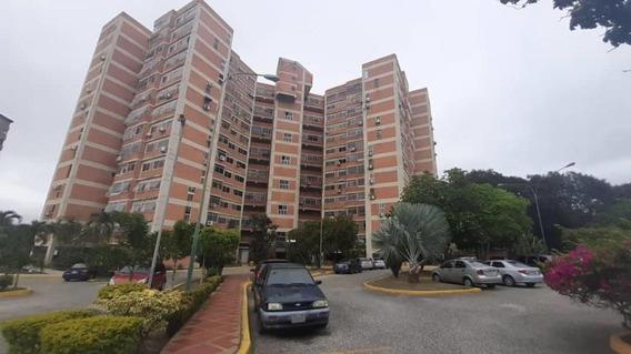 Apartamento En Venta Nueva Segovia Barquisimeto, Al 20-4605