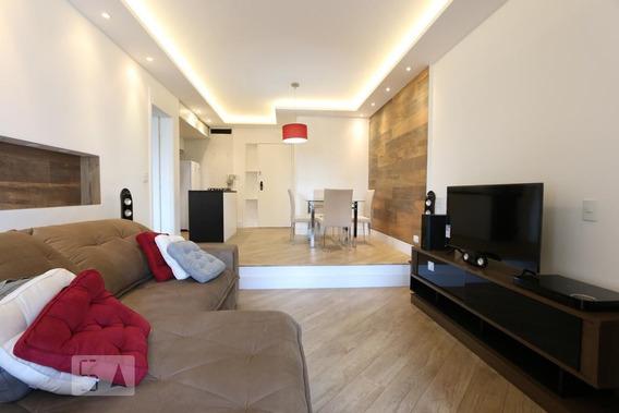 Apartamento No 7º Andar Mobiliado Com 1 Dormitório E 2 Garagens - Id: 892955141 - 255141