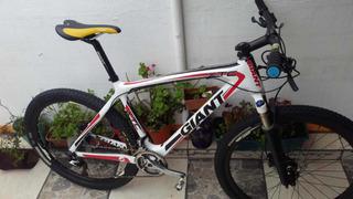 Bicicleta Giant Carbono Mountain Bike