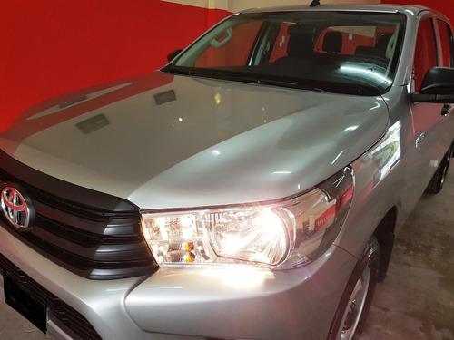 Toyota Hilux Dx 4x4 Doble Cabina