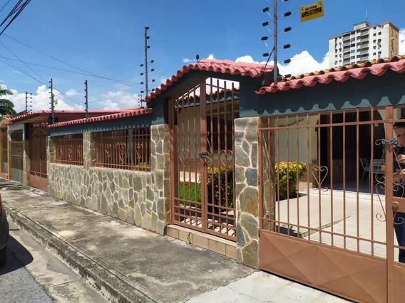En Venta Casa En La Urb Res. El Centro - Lisdany 04243799053
