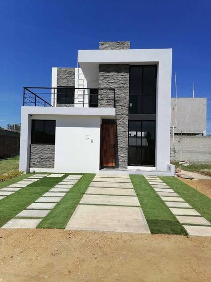 En Venta Casa De 3 Habitaciones Y Dos Baños En Oaxaca