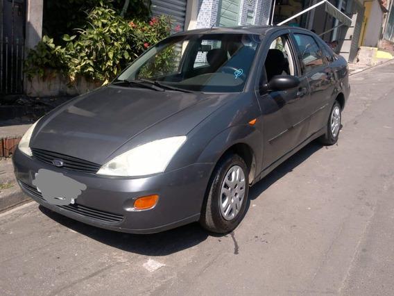Ford Focus Sedan 1.8 4p 2003