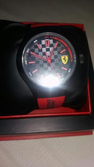 Relogio Scuderia Ferrari.
