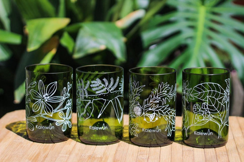 Set De 4 Vasos Grabados Y Pulidos A Mano Kalewun.