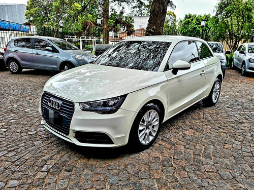 Audi A1 2013 1.2 Attraction Tfsi 86cv