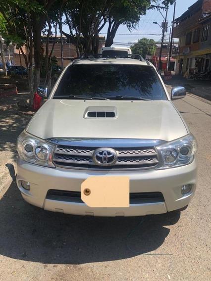 Toyota Fortuner 4x4 Diesel