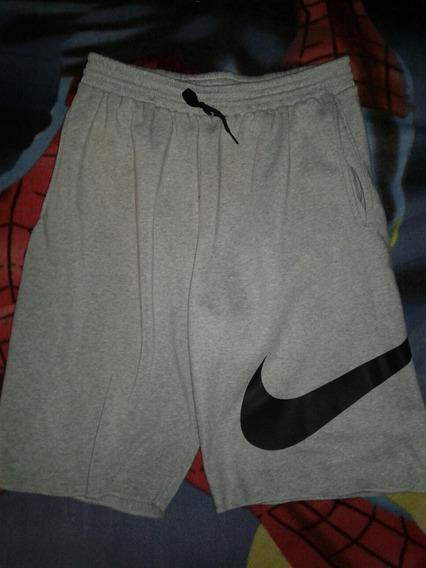 Shores Nike