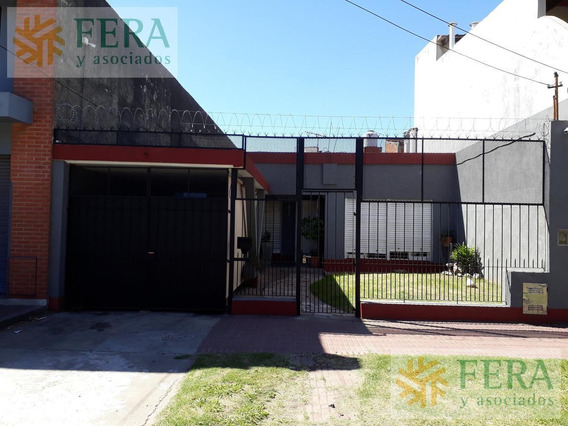 Venta Casa De 3 Ambientes En Wilde (25230) Patio , Fondo Libre Y Piscina
