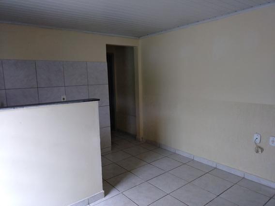 Casa Ceilandia Sul 01 Suite, 02 Banho, Sala/cozinha, 550 R$