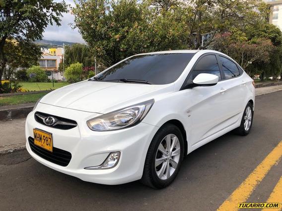 Hyundai I25 Accent Full Equipo