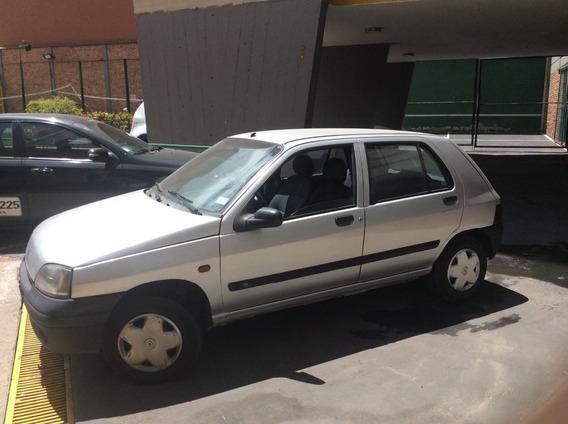 Renault Clío 2001 Perfecto180000 Kms