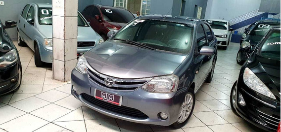 Etios Sedan Xls