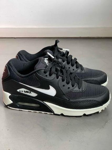 Zapatillas Nike Air Max 90.Negras.